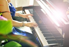 PIANO SALON VIF
