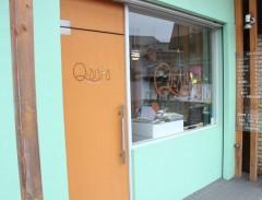 Q-aura
